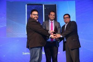 News18dotcom Tech and Auto Awards for 2017 - Winner - Smartphone of the Year Award