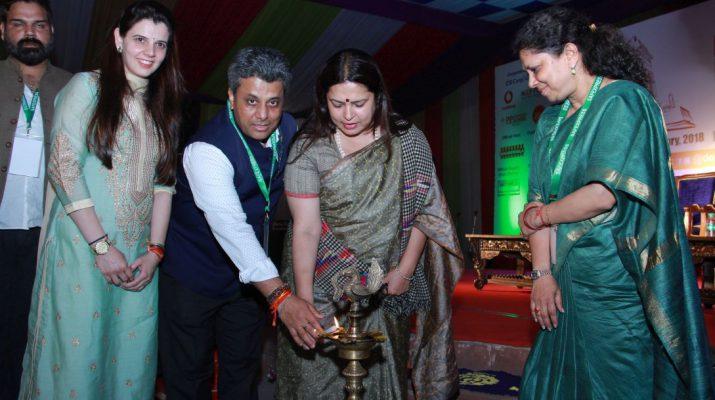 Meenakshi lekhi inaugurating delhi literature festival