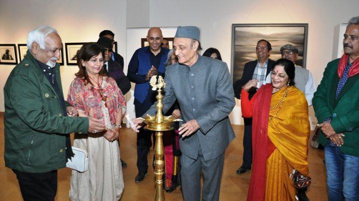 Veteran artist Vinod Sharma showcasing Mindscape by Creativity Art Gallery 2