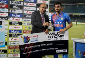 Manish Pandey with Mr. Ahmed Reyas - Receiving Emerging Player of the match award - Nidahas Cup 2018
