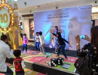 Children having fun at Oberoi Mall