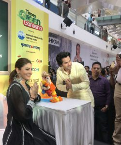 Anushka Sharma and Varun Dhawan for Green Ganesha Campaign launch at Oberoi Mall