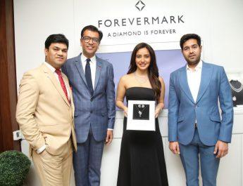 Amit Bandi - CEO - DP Abhushan Ltd - Sachin Jain - President - Forevermark India - Actress Neha Sharma and Vikas Kataria - MD
