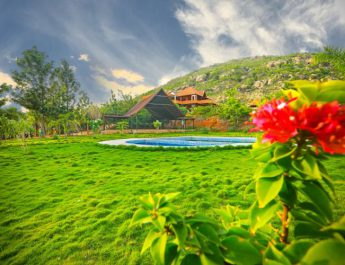 Findmyouting - Heart-shaped Pool - Private Eco-Tents - and Affordable Luxury at Nandi Hills this Valentines Day Full