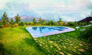 Findmyouting - Heart-shaped Pool and Affordable Luxury at Nandi Hills this Valentines Day