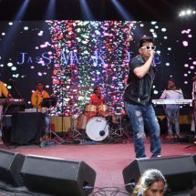 Pacific Mall grooves to Jass Manak's and Sunanda Sharma tunes at Tagore Garden
