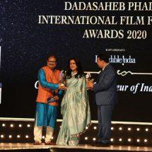 Nisha Narayanan honoured as 'Business Leader of the Year' at the prestigious Dadasaheb Phalke International Film Festival Awards 2020