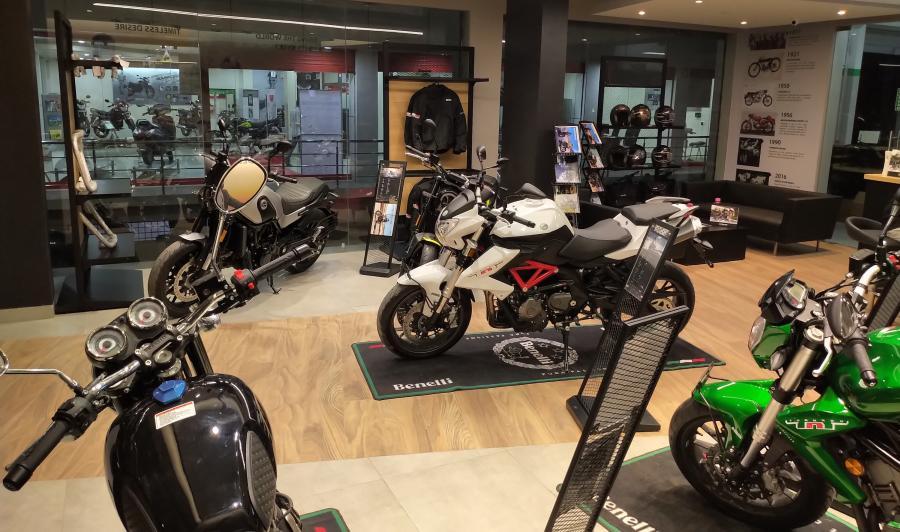 Benelli Launches Exclusive Dealership in Mahabubnagar 3