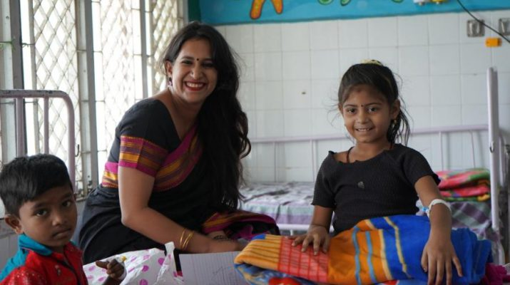 Ms Aishwarya Vasudevan - Group COO - Neuberg Diagnostics Private Limited distributed 200 blankets to children in the pediatric wards of Institute of Child Health and Hospital in the city