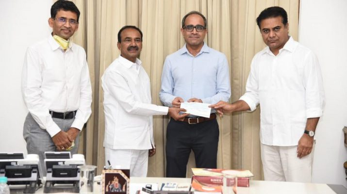 Freedom Oil contributes INR 50 lakhs to CM Relief Fund - Telangana