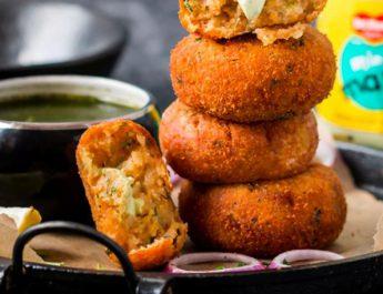 Del Monte Miny Mayonnaise Stuffed Potato Cutlets