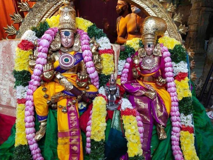 Madurai - Meenakshi Amman with Sokkanatha Peruman
