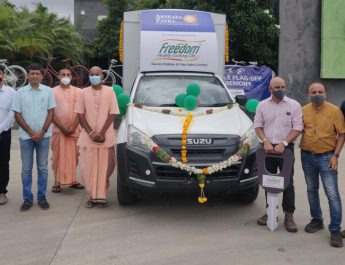Freedom Cooking Oils partners with Akshaya Patra Foundation to provide 3 Food Delivery Vehicles in Telangana
